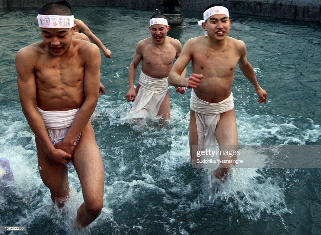 Peralejo in japan men naked webcam model