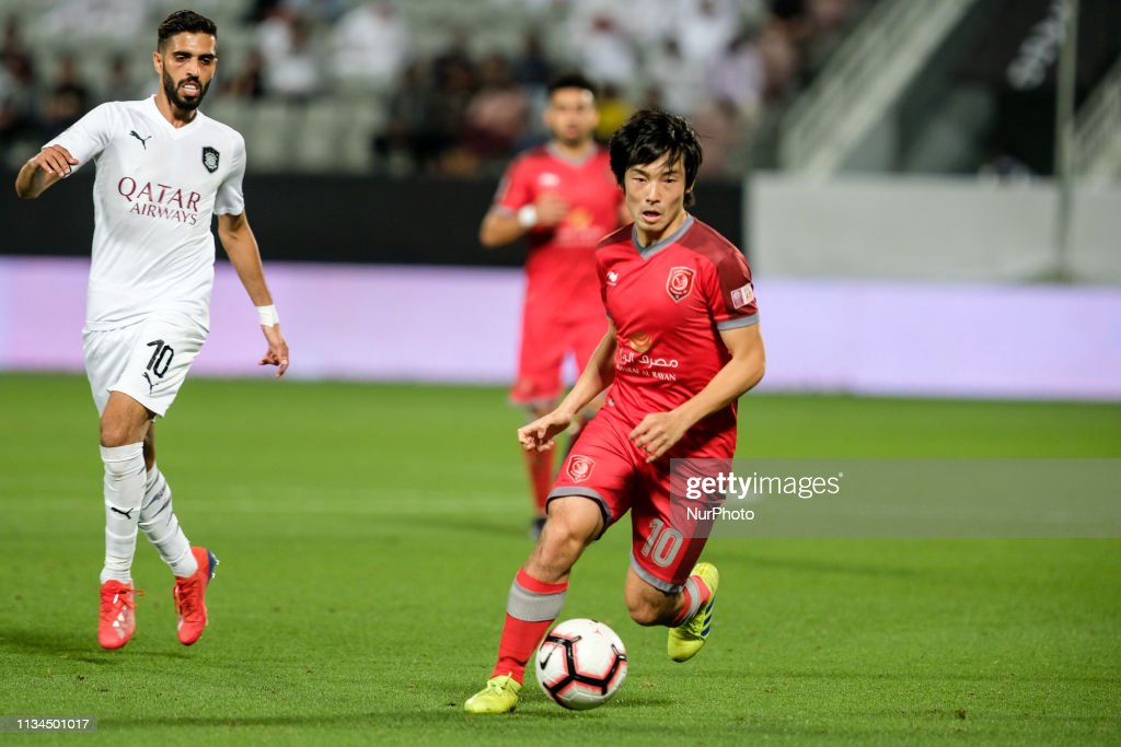 Al Duhail v Al Sadd - The Qatar Stars League : ニュース写真