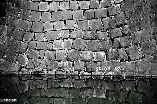 japanese moat. - 石垣 ストックフォトと画像