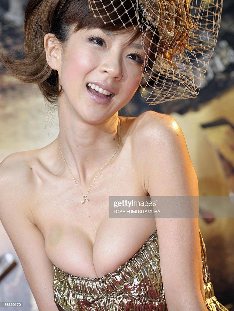 Aki Hoshino japanese model aki hoshino poses for photographers on the