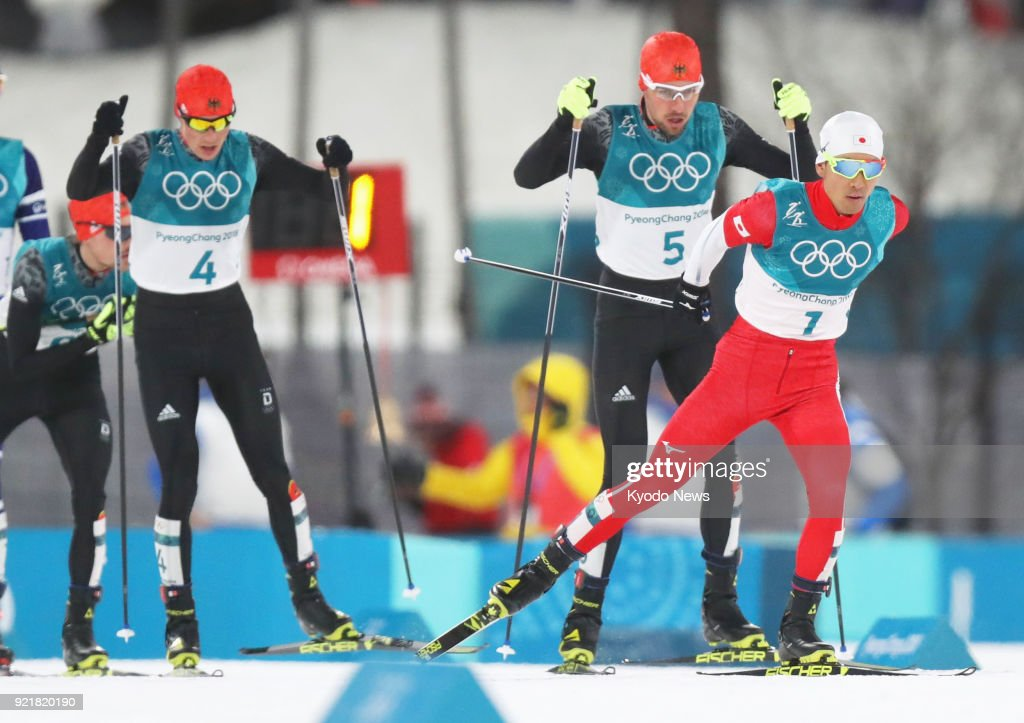 Japanese Nordic combined skier Akito Watabe (1) competes with Johannes Rydzek (5) and Eric Frenzel (4) of Germany in the cross-country portion of the individual large hill 10-kilometer race at the Pyeongchang Winter Olympics in South Korea on Feb. 20, 2018. ==Kyodo