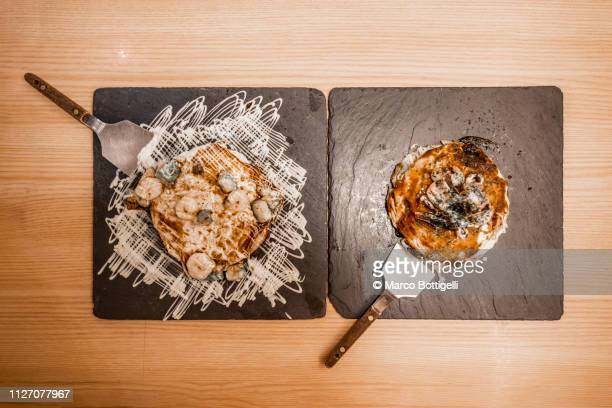 japanese okonomiyaki pancakes, tokyo - okonomiyaki stock pictures, royalty-free photos & images
