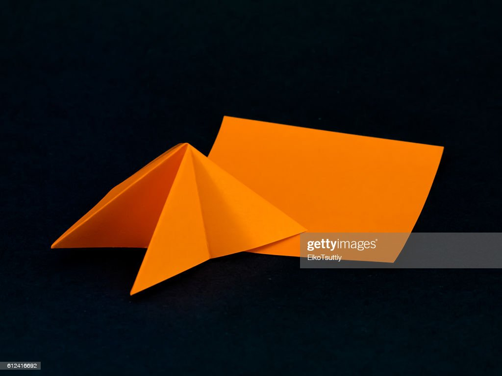 4 Easy Origami Toys From 1 Piece of Paper - Almost Bananas   768x1024