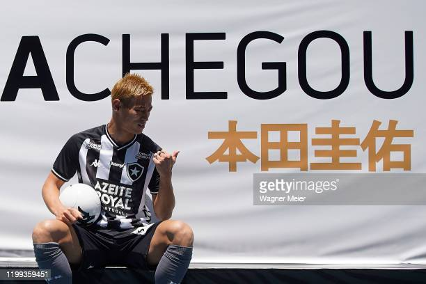 Japanese player Keisuke Honda poses during his presentation of the Brazilian team Botafogo to the fans at Engenhao Stadium on February 8, 2020 in Rio...