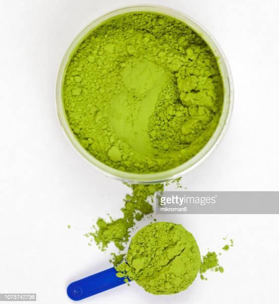 japanese powdered green tea, matcha ceremonial grade - 亜鉛 ストックフォトと画像
