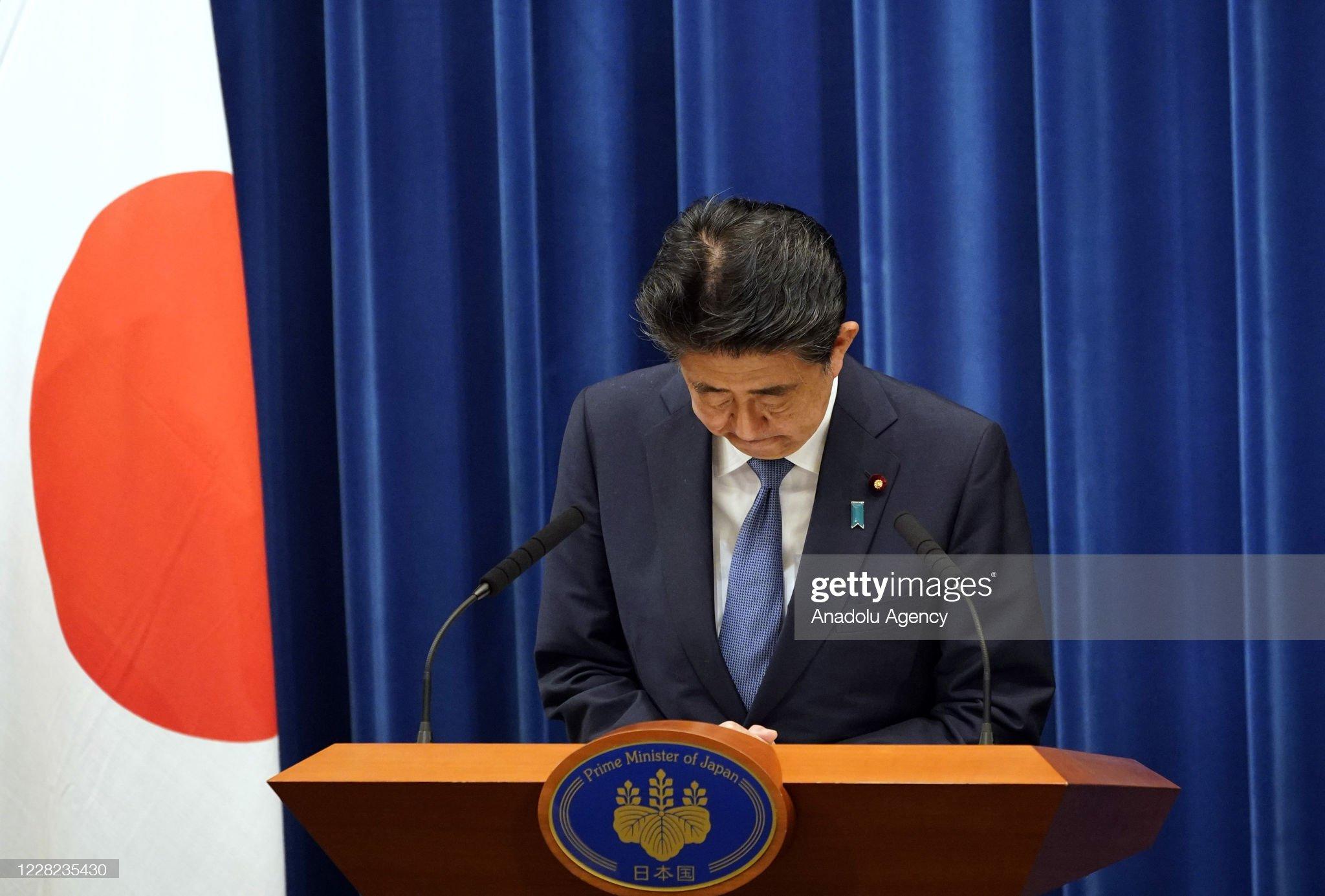 Japan's Prime Minister Abe Announces Resignation : News Photo