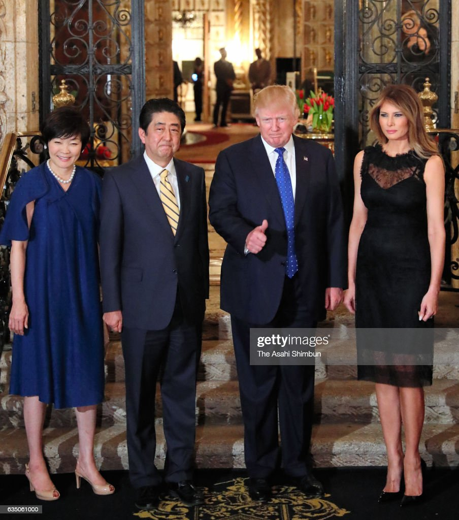 ¿Cuánto mide Shinzo Abe? - Real height Japanese-prime-minister-shinzo-abe-his-wife-akie-us-president-donald-picture-id635061000
