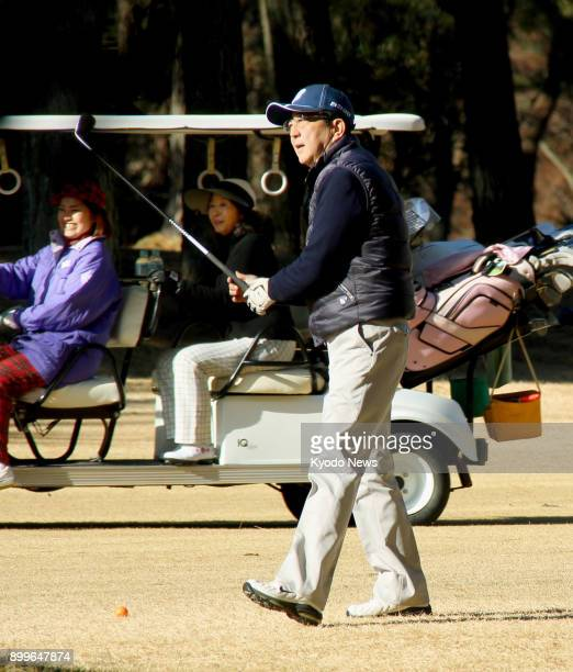 Japanese Prime Minister Shinzo Abe plays golf in Chigasaki Kanagawa Prefecture on Dec 30 the second day in a row he has played golf ==Kyodo