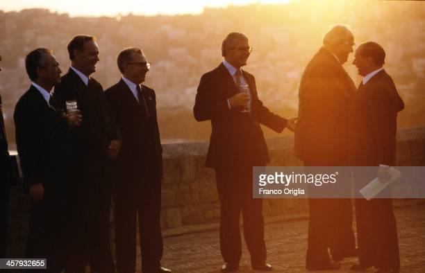 Japanese Prime Minister Tomiichi Murayama, Canadian Prime Minister Jean Chretien, European Commission President Jacques Delors, British Prime...