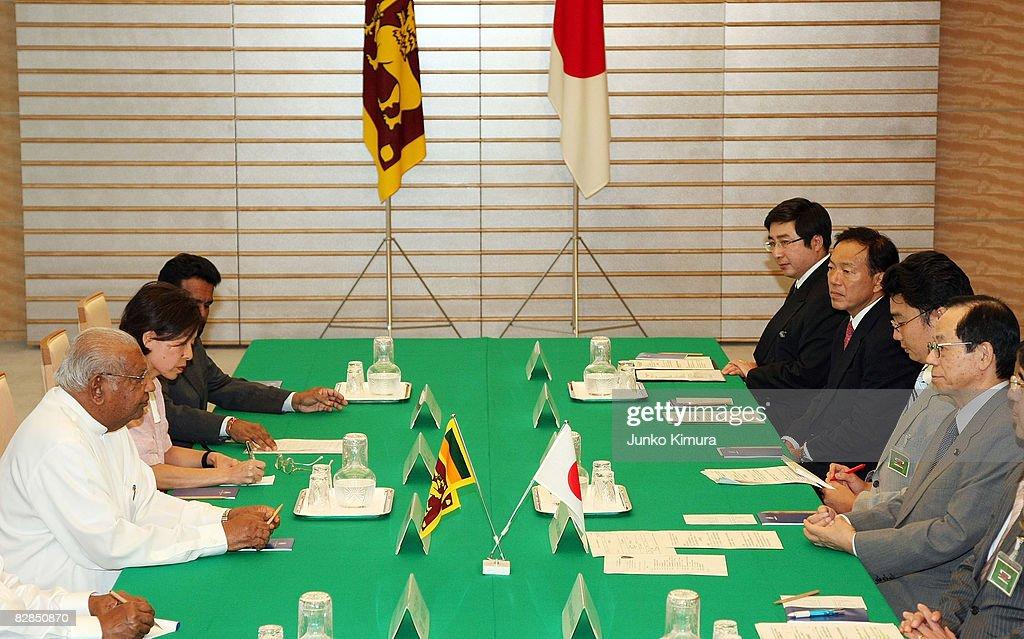 Japanese Prime Minister Meets With Sri Lankan Prime Minister