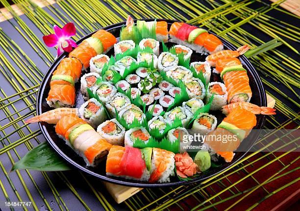 japonés con bandeja - sashimi fotografías e imágenes de stock
