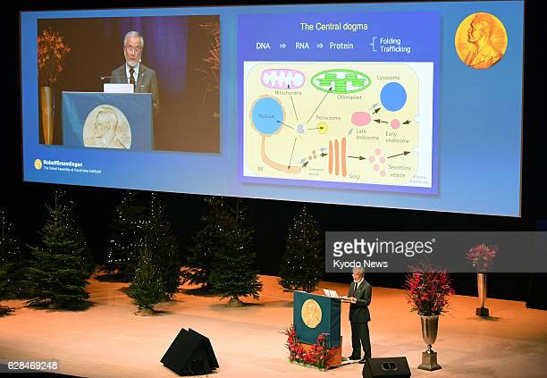Japanese scientist Yoshinori Ohsumi who won the Nobel Prize in physiology or medicine gives lecture at the Karolinska Institute in Stockholm on Dec 7...