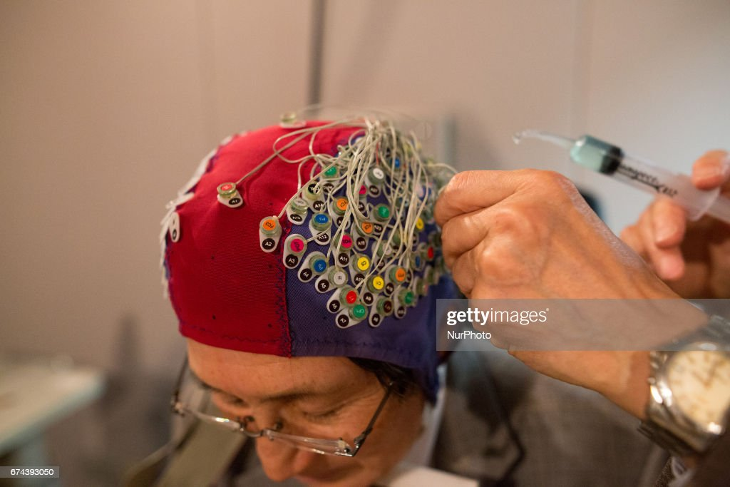 Researchers at Toyohashi University of Technology announced a device capable of reading human minds through brainwave-detecting electrodes.