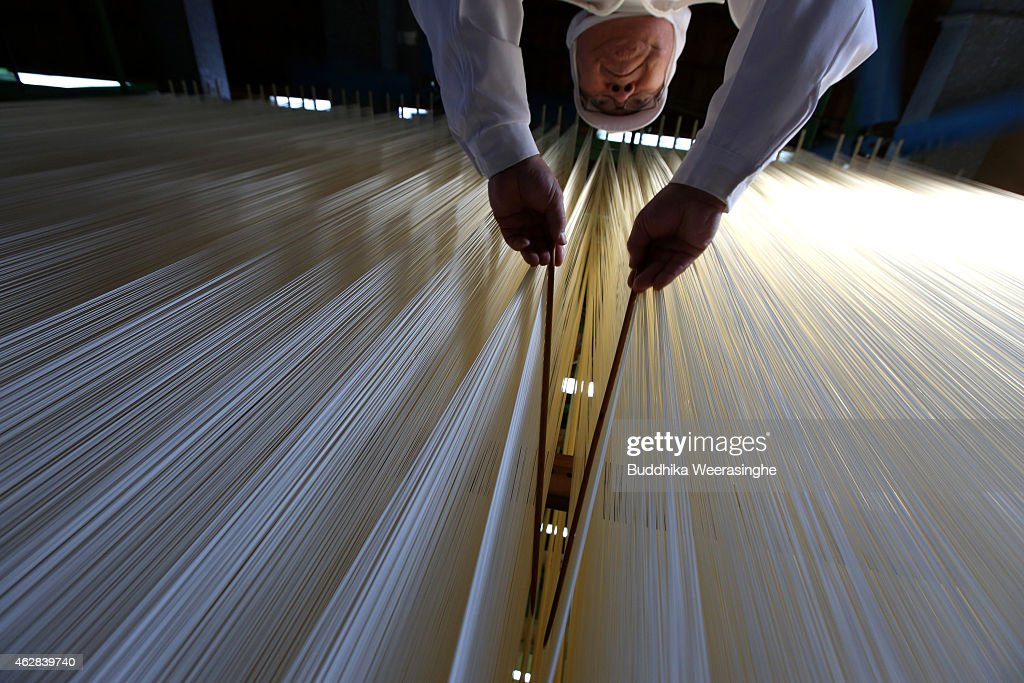 The Art of Hand-Making Somen Noodles : News Photo