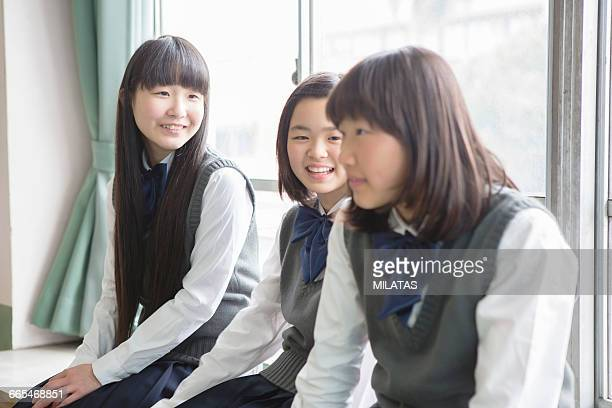 Japanese students to talk