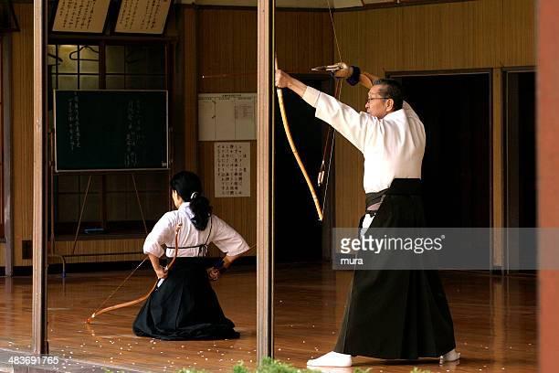 日本の伝統的なアーチェリー、弓道