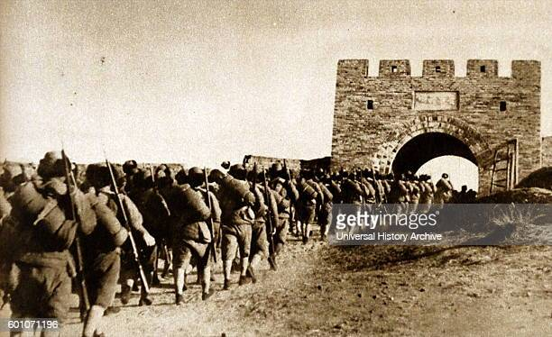 Japanese troops enter Manchuria in China, 1933.