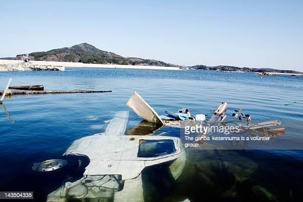 japanese tsunami damage - 津波 ストックフォトと画像