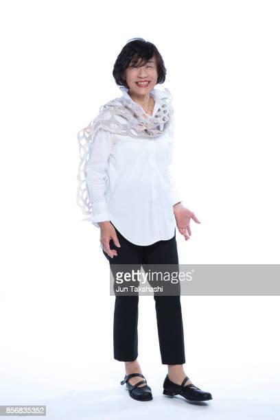 japanese woman on white back ground - 白い服 ストックフォトと画像