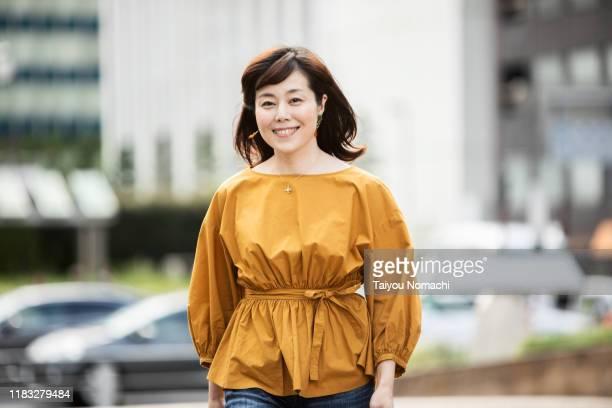 japanese woman portrait - 女性 ストックフォトと画像