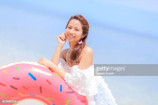 海で日本人女性は。