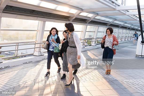 日本の女性、お台場も話し テレポート 日本東京