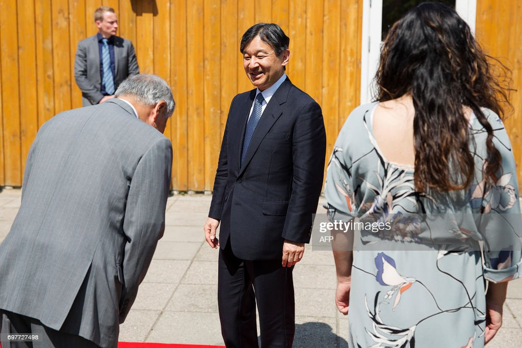 Japan's Crown Prince Nahurito (C) visits the Nordfyns Folk High School in Munkebo, Denmark on June 19, 2017. Japan's Crown Prince is on a 6-days visit to Denmark / AFP PHOTO / Scanpix Denmark AND Scanpix / Carsten Bundgaard / Denmark OUT
