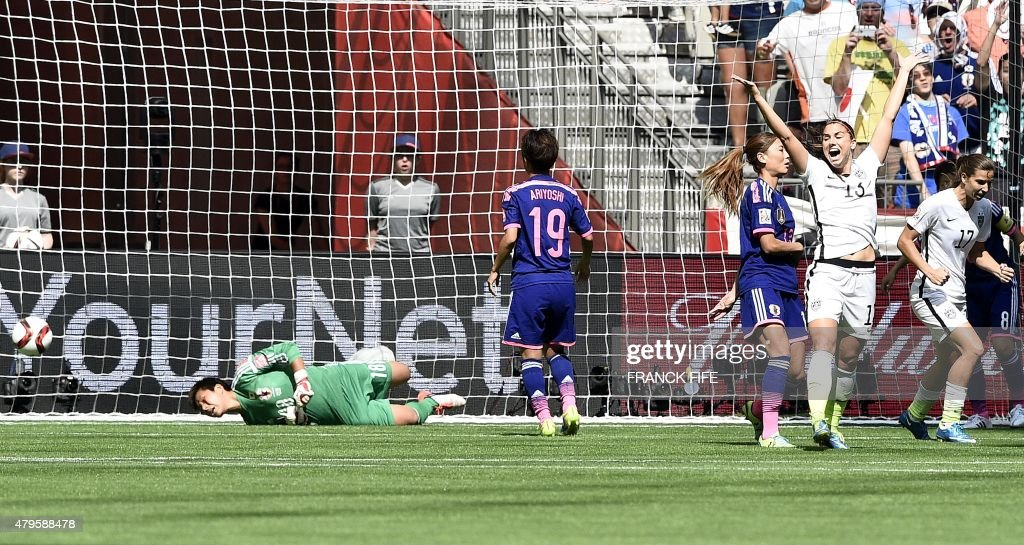 FBL-WC-2015-WOMEN-MATCH52-USA-JPN : News Photo