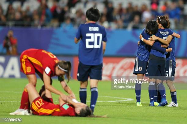 Japan's players celebrate at the end of the match during the Women's World Cup Final match between Spain U20 and Japan U20 on August 24 2018 in...