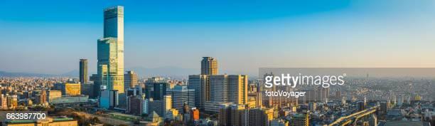 日本の最も高い高層ビルあべのハルカス景観パノラマ大阪夕日を望める