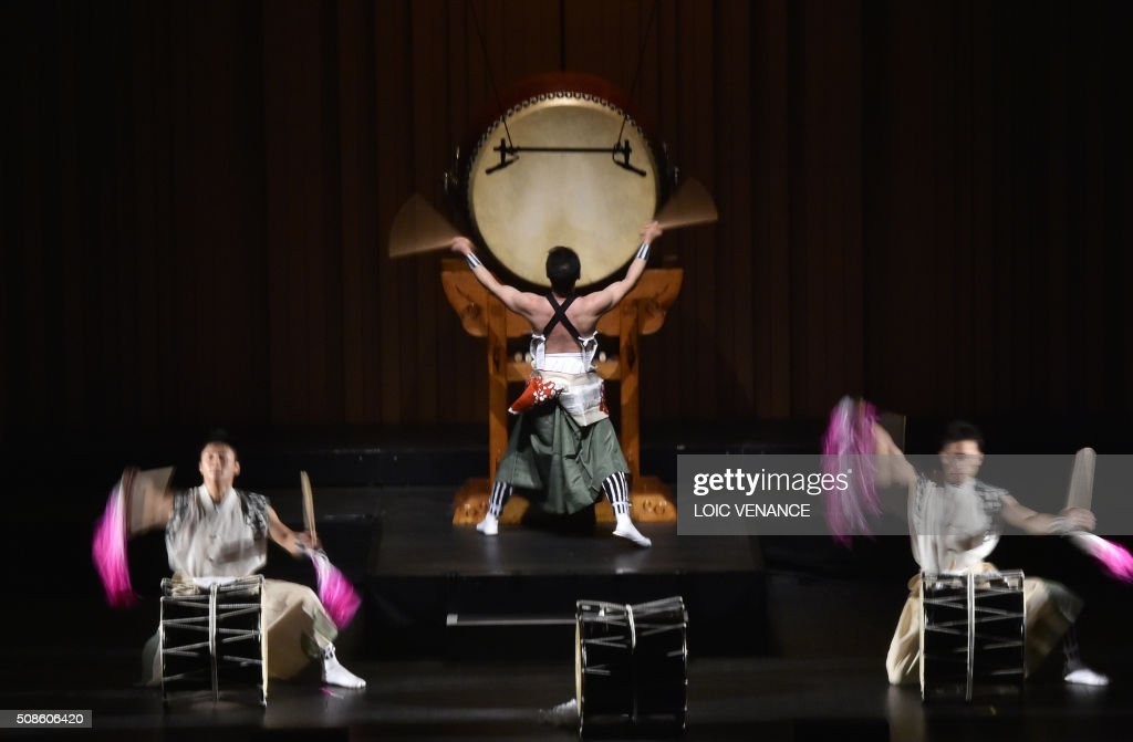 Japan's traditional drum band Eitetsu Hayashi Ensemble performs during the 'Folle Journee de Nantes' classical music festival in Nantes, western France, on February 5, 2016. /