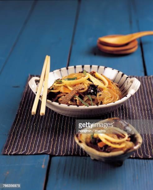 Japchae (mixed noodle bowl)