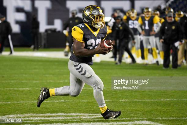 Ja'Quan Gardner of the San Diego Fleet runs with the ball in the fourth quarter against the Atlanta Legends during the Alliance of American Football...