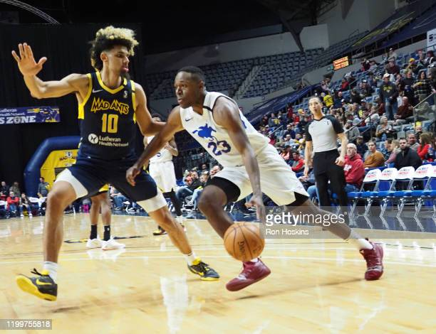 Jared Brownridge of the Delaware Blue Coats handles the ball against the Fort Wayne Mad Ants on February 09, 2020 at Memorial Coliseum in Fort Wayne,...