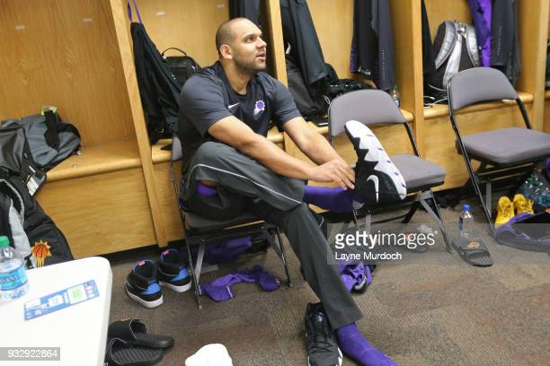 Jared Dudley of the Phoenix Suns dresses prior to the game against the Oklahoma City Thunder on March 8 2018 at Chesapeake Energy Arena in Oklahoma...