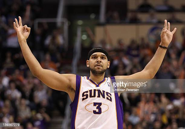 Jared Dudley of the Phoenix Suns reacts after hitting a three point shot against the Los Angeles Lakers during the NBA game at US Airways Center on...