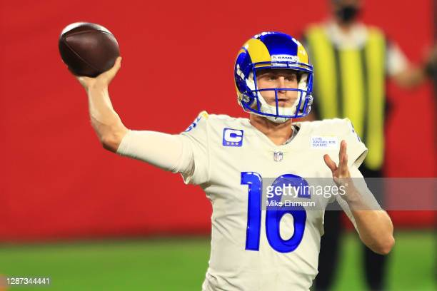 Jared Goff of the Los Angeles Rams looks to pass during the fourth quarter in the game against the Tampa Bay Buccaneers at Raymond James Stadium on...
