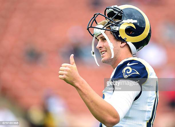 Jared Goff of the Los Angeles Rams warms up before the game against the Atlanta Falcons at Los Angeles Memorial Coliseum on December 11 2016 in Los...