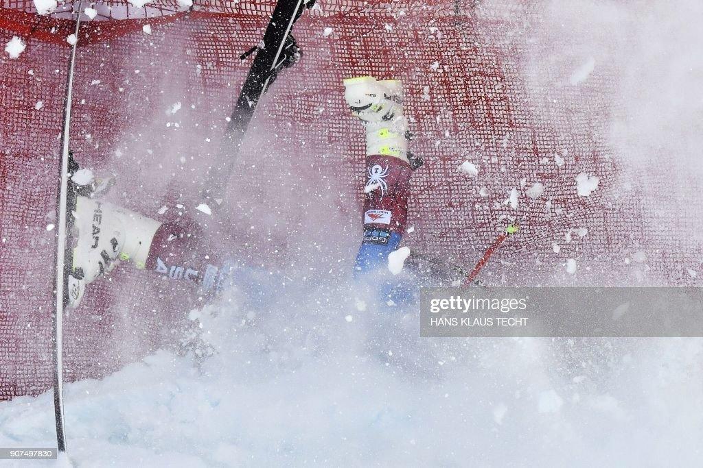 SKI-ALPINE-WORLD-MEN-DOWNHILL : News Photo
