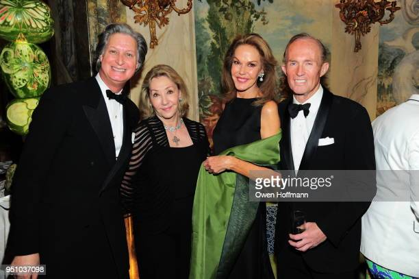 Jared Goss Susan Gutfreund Cece Cord and Mark Gilbertson attends The Hort's New York Flower Show Dinner Dance at The Pierre Hotel on April 24 2018 in...