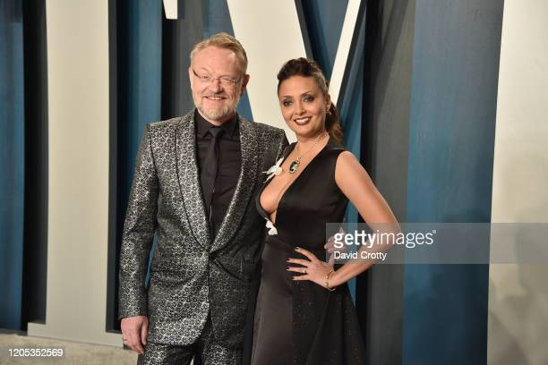 Jared Harris and Allegra Riggio attend the 2020 Vanity Fair Oscar Party at Wallis Annenberg Center for the Performing Arts on February 09 2020 in...