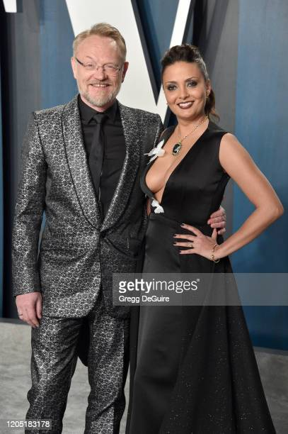 Jared Harris and Mishna Wolff attend the 2020 Vanity Fair Oscar Party hosted by Radhika Jones at Wallis Annenberg Center for the Performing Arts on...