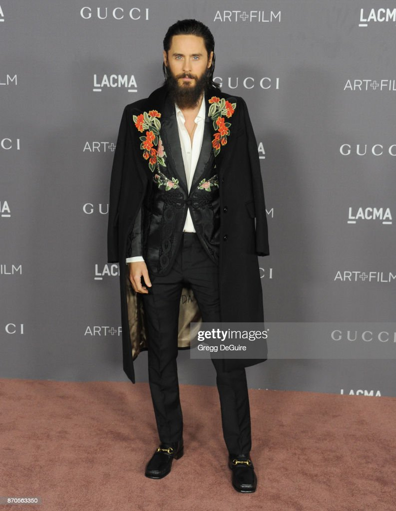 Jared Leto arrives at the 2017 LACMA Art + Film Gala honoring Mark Bradford and George Lucas at LACMA on November 4, 2017 in Los Angeles, California.