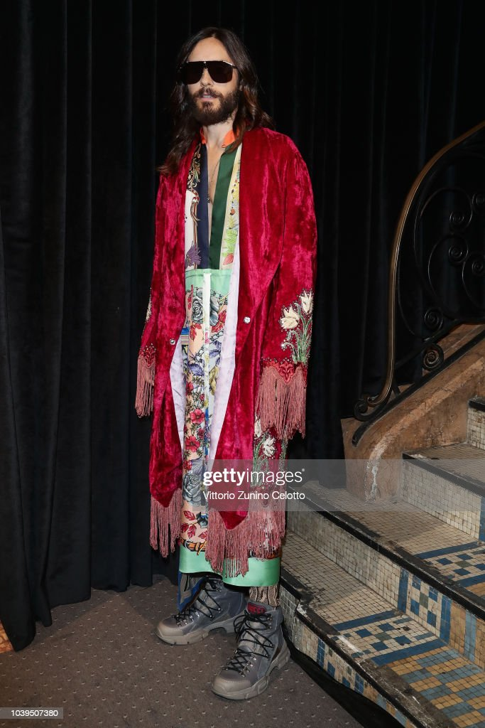 jared-leto-attends-the-gucci-show-during-paris-fashion-week-2019-on-picture-id1039507380