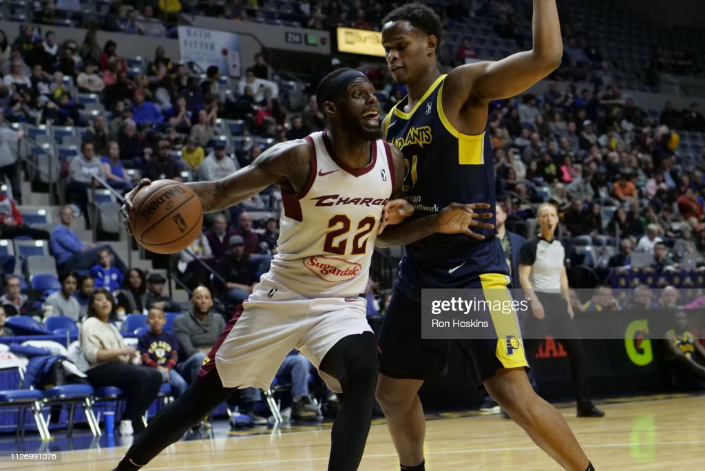 c490f2bd0 Jared Sam of the Fort Wayne Mad Ants battles JaCory Williams of the ...