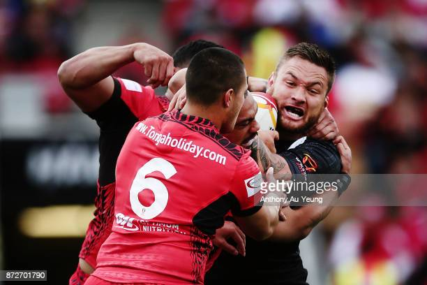 Jared WaereaHargreaves of the Kiwis is tackled by Tuimoala Lolohea of Tonga during the 2017 Rugby League World Cup match between the New Zealand...