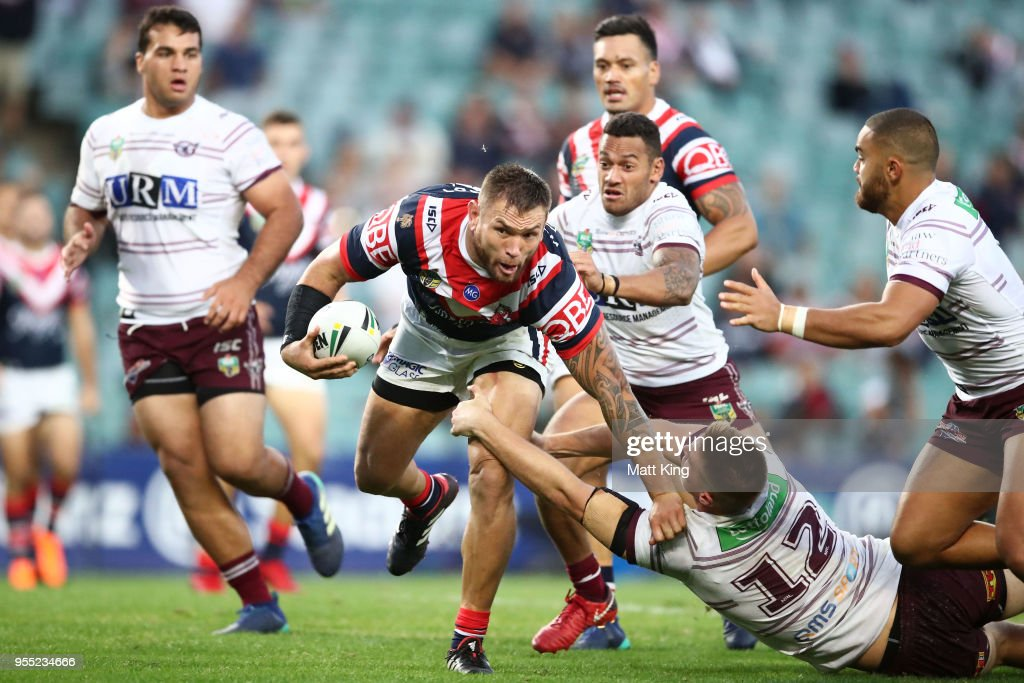 Jared Waerea-Hargreaves of the Roosters charges towards the line to score a try during the round nine NRL match between the Sydney Roosters and the Manly Warringah Sea Eagles at Allianz Stadium on May 6, 2018 in Sydney, Australia.