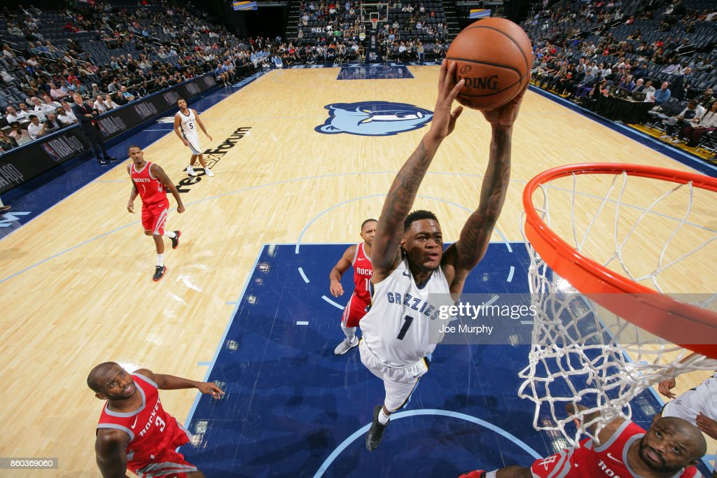 Jarell Martin #1 of the Memphis Grizzlies drives to the basket during a preseason game against the Houston Rockets on October 11, 2017 at FedExForum in Memphis, Tennessee.