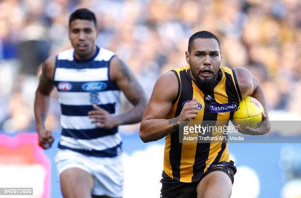 Jarman Impey of the Hawks in action during the 2018 AFL round 02 match between the Geelong Cats and the Hawthorn Hawks at the Melbourne Cricket...