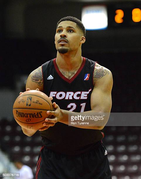 Jarnell Stokes of the Raptors 905 drives to the basket against the Sioux Falls Skyforce during the game on December 31 2015 at the Hershey Centre in...